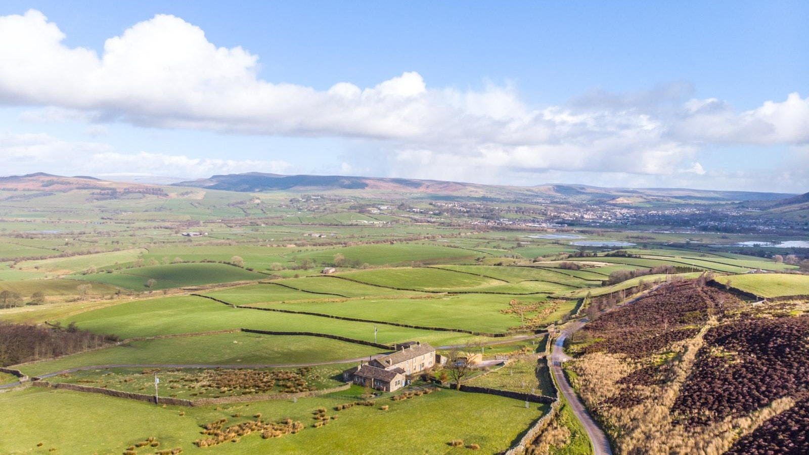 Intensive grazing areas to be rewilded alongside recovering moorland