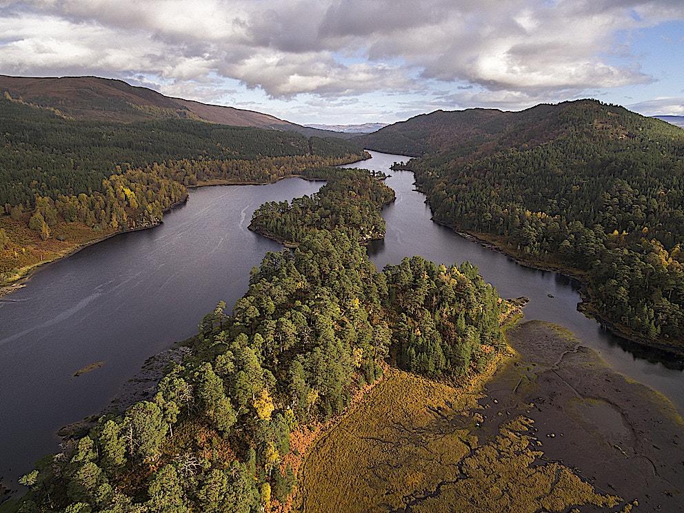 Loch Beinn a Mheadhoin in Glen Affric Scotland c scotlandbigpicture com